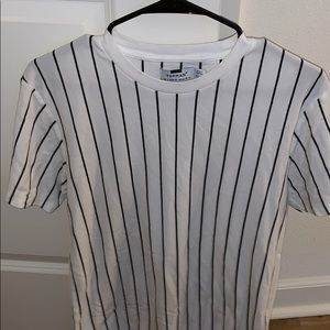 Topman white tee with vertical black stripes.